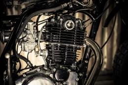 YAMAHA SCRAMBLER UMBAU CROSS SR500 YARDBUILT TOP SPEED ALUTANK FLAT TRACK MOTOR LACKIEREN